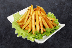 Салаты и картофель фри